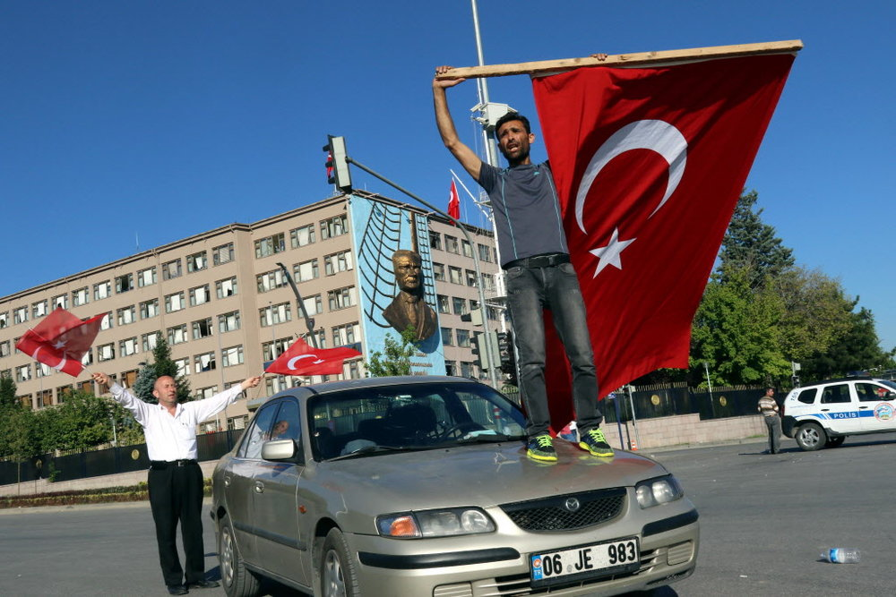 TURKEY_MILITARY_COUP_40802011