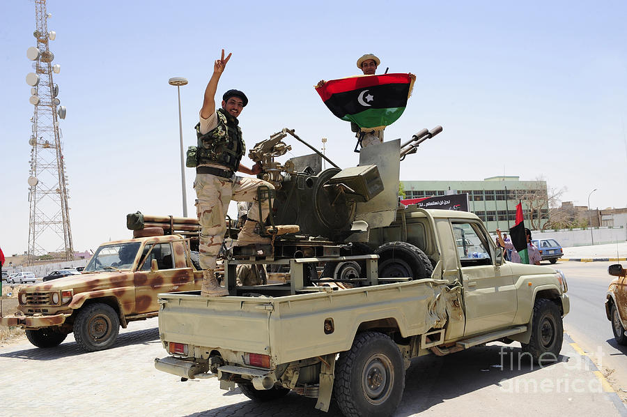 13-a-free-libyan-army-pickup-truck-andrew-chittock