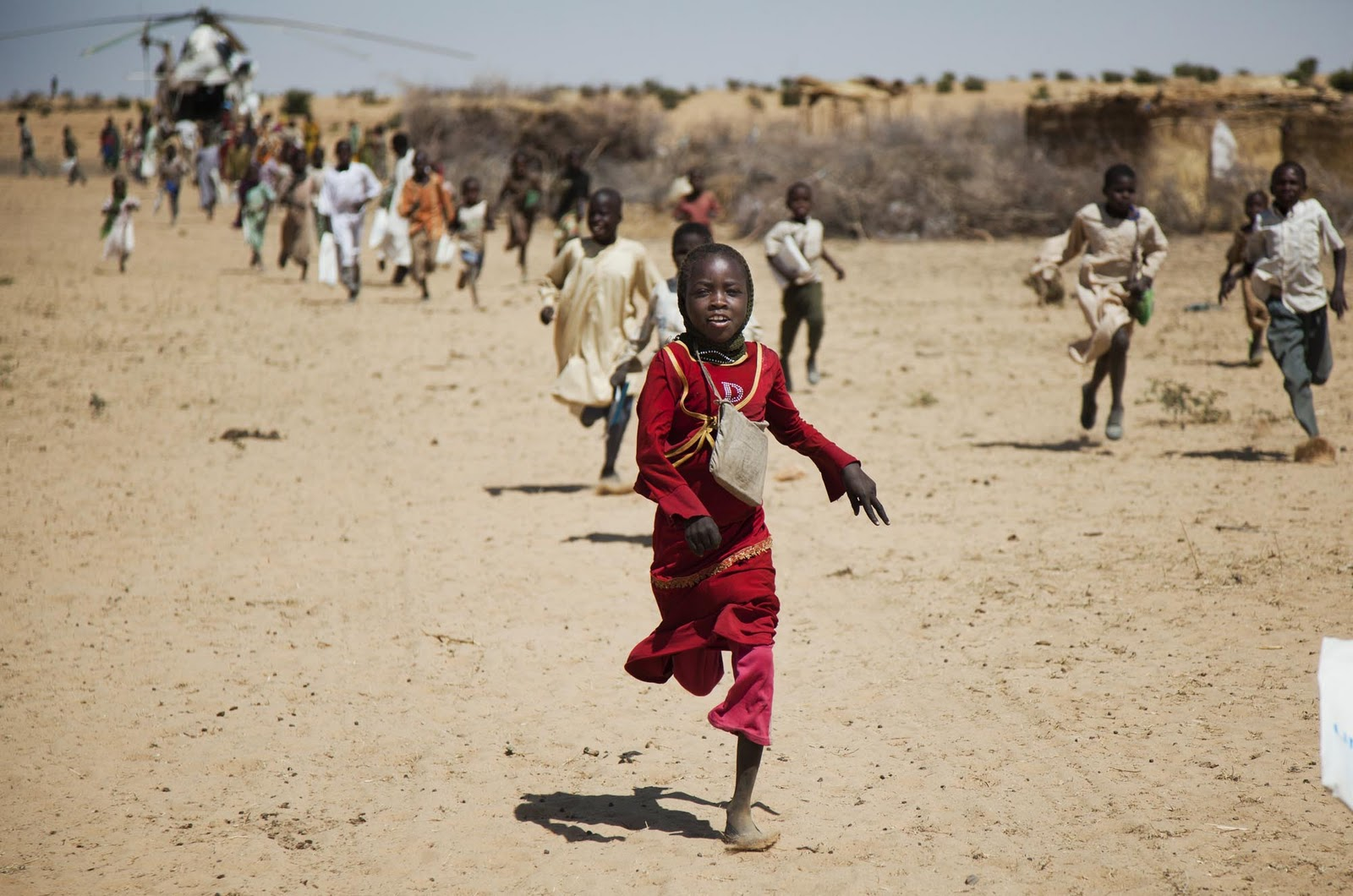 west-darfur-children-unamid-albert-gonzalez-farran