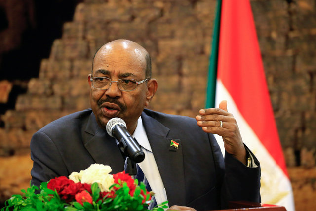 Sudan's President Omar Al Bashir speaks during a joint news conference with Belarussian counterpart Alexander Lukashenko at the presidential palace at Khartoum, Sudan January 17, 2017. REUTERS/Mohamed Nureldin Abdallah